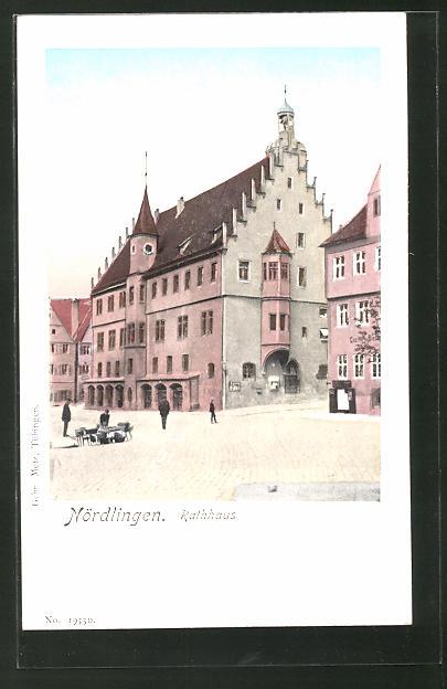 Goldfenster-AK Nördlingen, Rathaus mit leuchtenden Fenstern