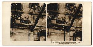Stereo-Fotografie Fotograf und Ort unbekannt, Artilleriebeobachtungsposten in einer zerschossenen Scheune