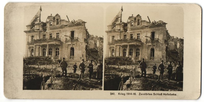 Stereo-Fotografie Fotograf und Ort unbekannt, Ansicht Hollebeke, Soldaten am zerstörten Schloss