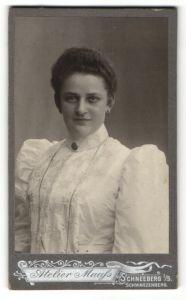 Fotografie Atelier Maass, Schneeberg i/S, Portrait gutbürgerliche junge Dame