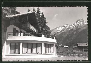 AK Les Diablerets, Hotel-Pension du Chamois, Teilansicht mit Terrasse