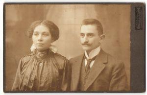 Fotografie Max Rother, Nossen, Portrait bürgerliches Paar