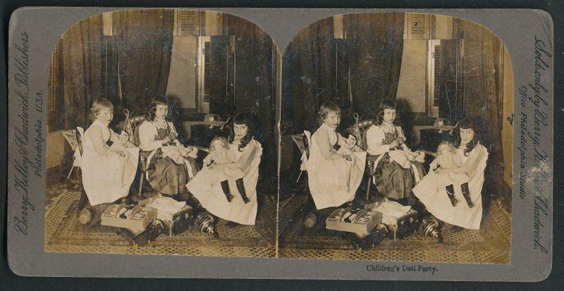 Stereo-Fotografie Berry, Kelley & Chadwick, Philadelphia, Mädchen spielen mit Puppen & Spielzeug