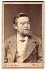 Fotografie Heinr. Cordes, Hildesheim, Portrait Herr mit zeitgenössischer Frisur