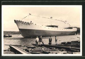 Foto-AK Rendsburg, Stapellauf des Passagierschiffes