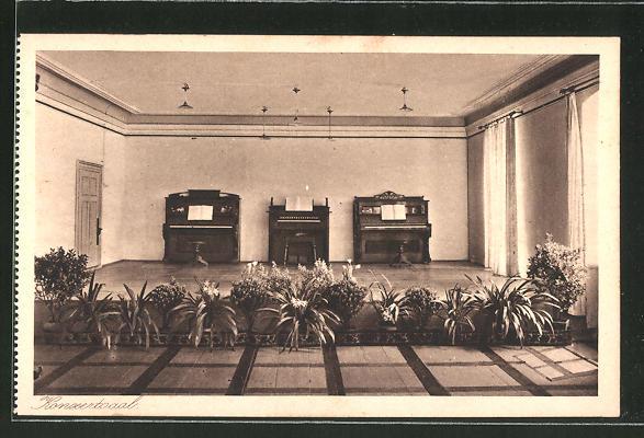 AK Au am Inn, Erziehungsinstitut mit höherer Mädchenschule, Konzertsaal