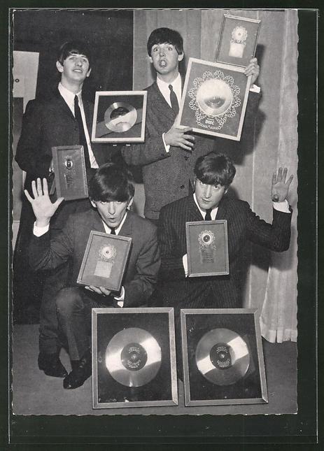 AK The Beatles, Portrait mit Schallplattenpreisen