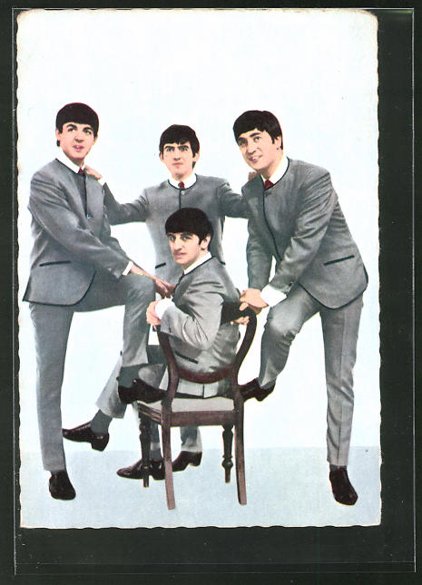 AK The Beatles, Portrait in Bühnengarderobe
