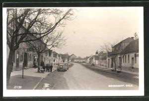 AK Siegendorf im Bgld., Blick in eine Strasse der Ortschaft