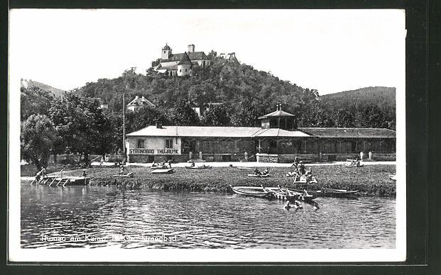 AK Thunau am Kamp, Strandbad mit Badegästen und Blick zum Schloss