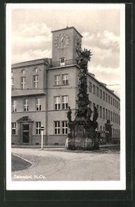 AK Zistersdorf, Strassenpartie im Ort