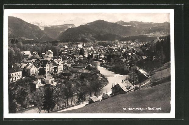 AK Bad Ischl, Ortspanorama vom Berg aus gesehen