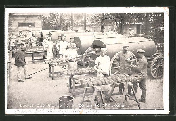 AK Bäcker beim Backen des Brotes in fahrbaren Feldbacköfen