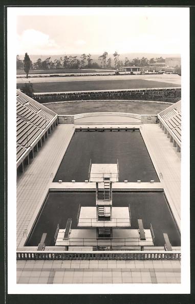 AK Berlin, Reichssportfeld m. Blick von der Deutschen Kampfbahn auf das Schwimmstadion, Olympia