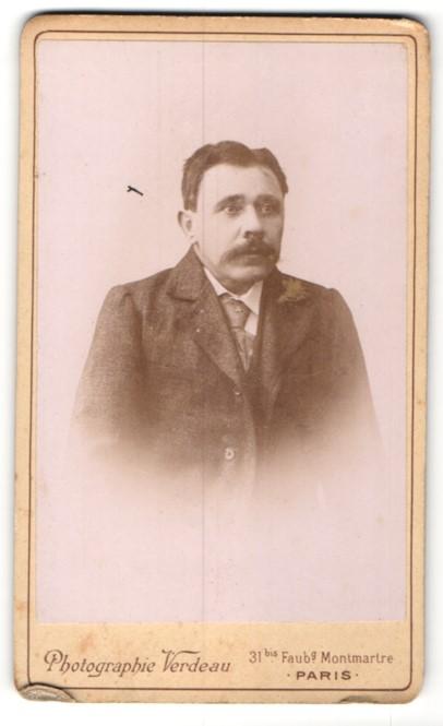 Fotografie Verdeau, Paris, Portrait Herr mit Schnauzbart