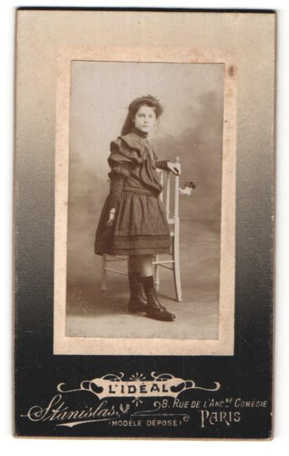 Fotografie Stanislas, Paris, Portrait Mädchen in festlichem Kleid