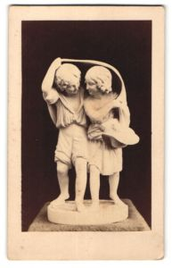 Fotografie F. & O. Brockmann's Nachf., Dresden, Figurengruppe von Cauer, Paul und Viginie