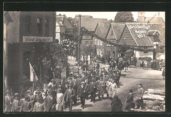 AK Helsen, Schützenfest 1927, Festzug durch die Strassen