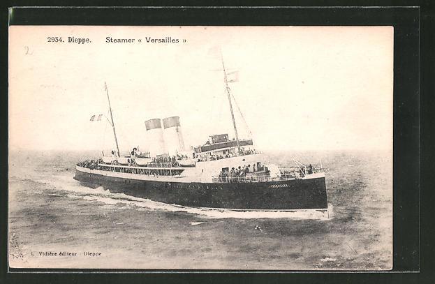 AK Dieppe, Passagierschiff Versailles auf hoher See