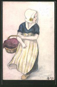 Künstler-AK Handgemalt: Frau in Tracht mit Kopfbedeckung, Korb und Holzschuhen