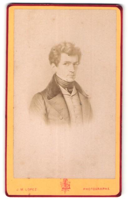 Fotografie J. M. Lopez, Paris, Portrait eleganter junger Herr