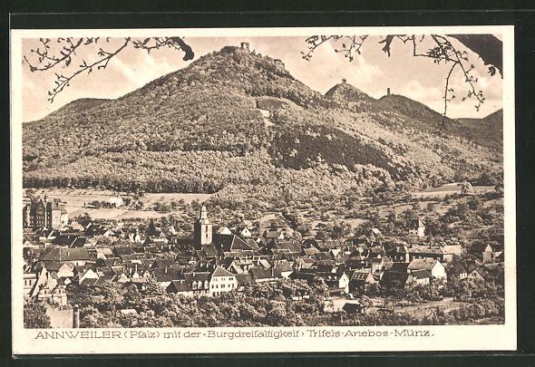 AK Annweiler / Pfalz, Panorama mit der Burgdreifaltigkeit Trifels-Anebos-Münz