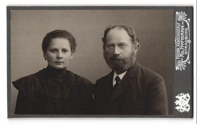 Fotografie Ad. Hofmann, Straubing, Portrait Vater und Tochter