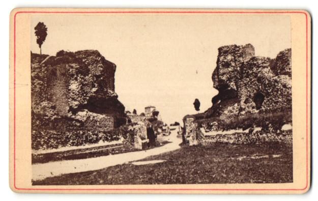 Fotografie unbekannter Fotograf, Ansicht Trier, Amphitheater
