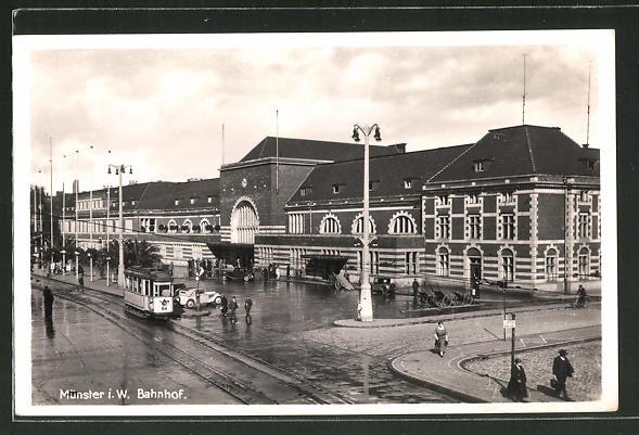 AK Münster i.W., Strassenbahn am Bahnhof