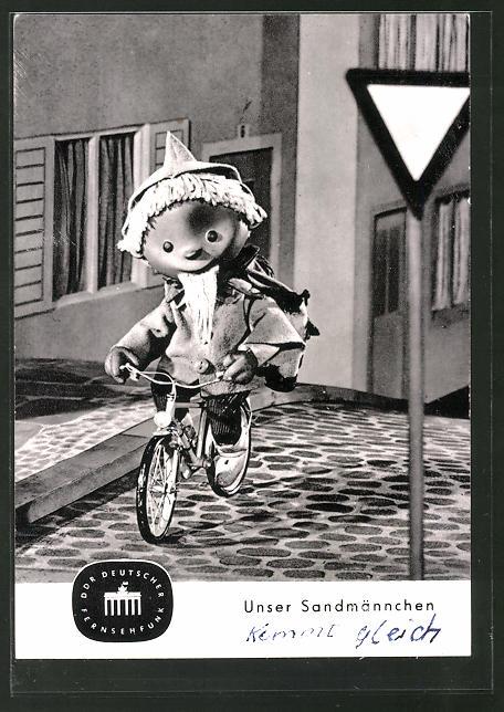 AK Sandmännchen fährt Fahrrad
