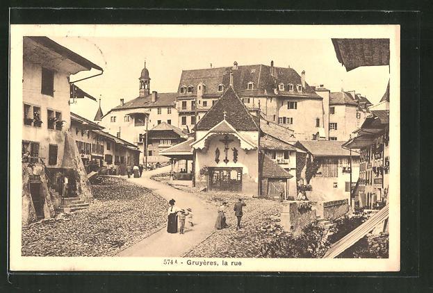AK Gruyères, La Rue, Strassenpartie im Ortskern