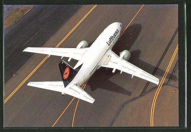 AK Boeing 737-500 der Lufthansa auf der Startbahn