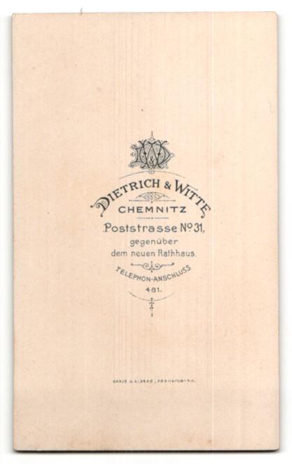 Fotografie Dietrich & Witte, Chemnitz, Portrait Knabe in festlichem Anzug 1