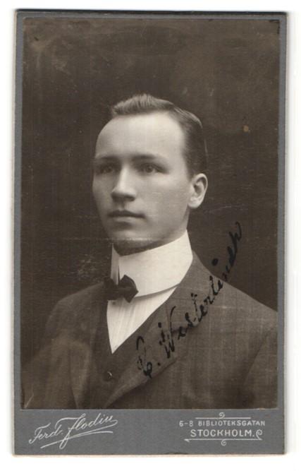 Fotografie Ferd. Flodin, Stockholm, Portrait gutbürgerlicher junger Herr