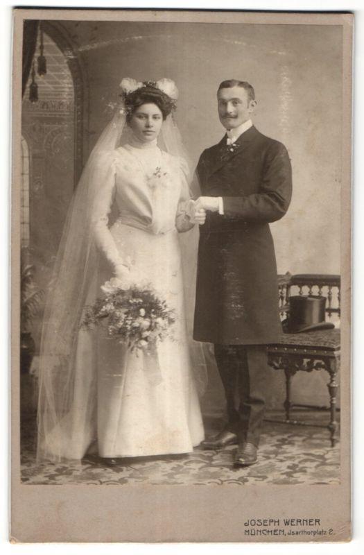 Fotografie Joseph Werner, München, Portrait Hochzeitspaar, Braut und Bräutigam