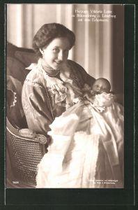 AK Victoria Louise Herzogin von Braunschweig mit dem Erbprinen im Arm