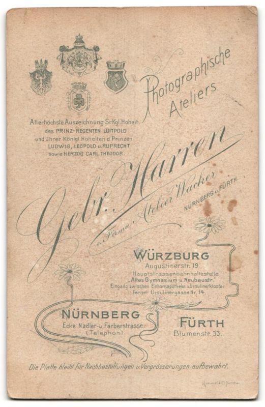 Fotografie Gebr. Harren, Nürnberg, Portrait Knabe mit Kerze, Montage 1