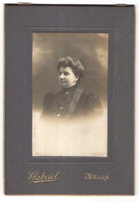 Fotografie Gabriel, Melun, Portrait Dame mit Hochsteckfrisur 0