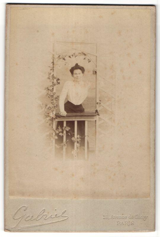 Fotografie Gabriel, Paris, Portrait Dame mit Hochsteckfrisur