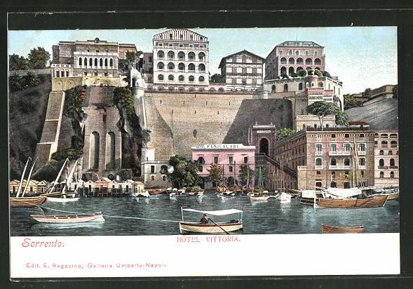 AK Sorrento, Hotel Vittoria e Funicolare