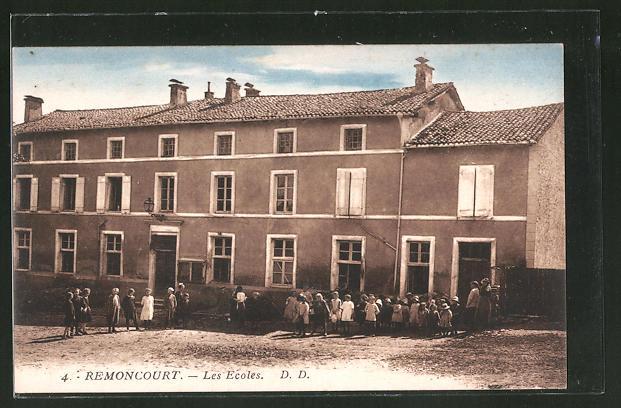 AK Remoncourt, Les Ecoles, Kinder an der Schule