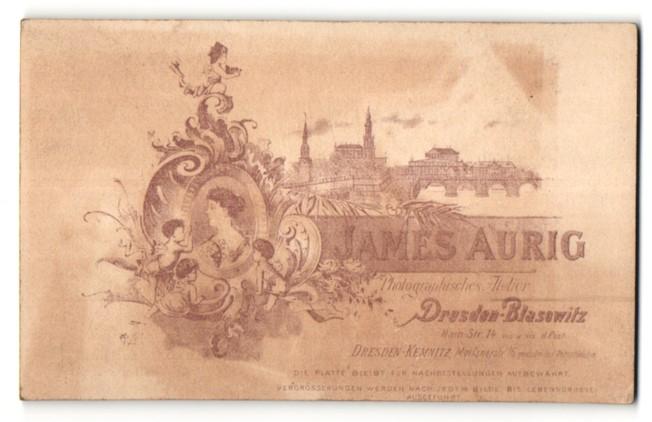 Fotografie James Aurig, Dresden-Blasewitz, rückseitige Ansicht Dresden, Altstadt, vorderseitig Portrait Knaben
