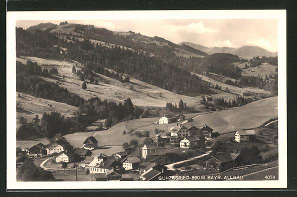 AK Gunzesried / Bayr. Allgäu, Ortsansicht aus der Vogelschau