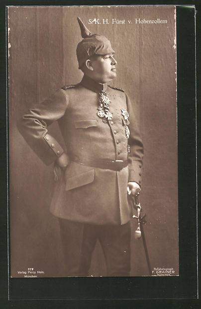 AK Fürst von Hohenzollern in Uniform mit Pickelhaube