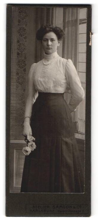 Fotografie Samson & Co., Karlsruhe, Portrait bürgerliche junge Dame mit Hochsteckfrisur