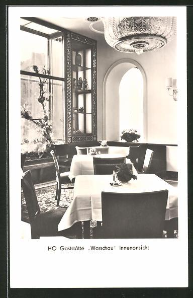 AK Berlin-Friedrichshain, HO-Gaststätte Warschau in der Stalinallee, Innenansicht