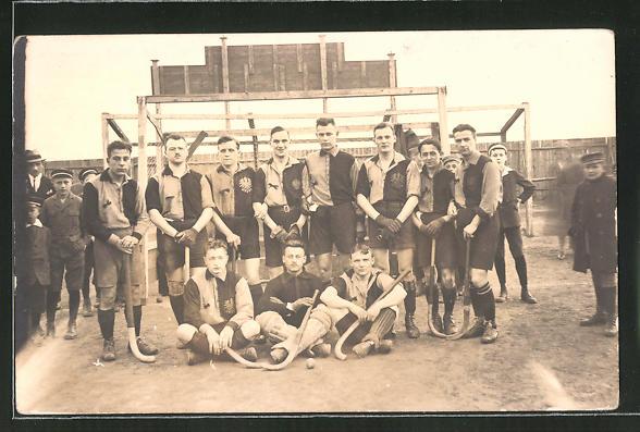 Foto-AK Feld-Hockey-Team beim Mannschaftsfoto
