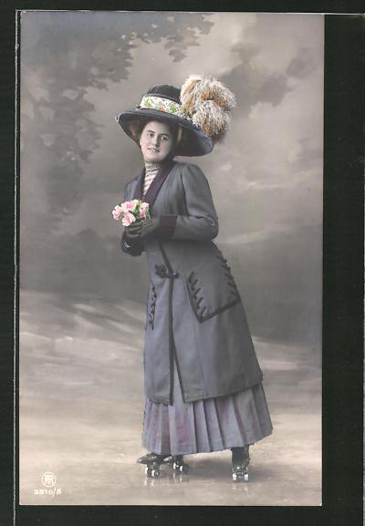 AK Dame mit Hut auf Rollschuhen