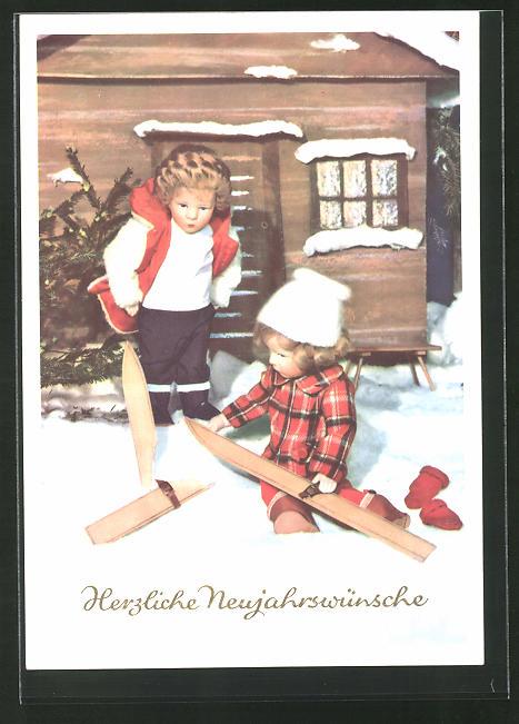 AK Käthe Kruse-Puppen im Schnee mit zerbrochendem Ski