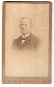Fotografie E. Maurice, Paris, Portrait älterer Herr mit Schnauzbart